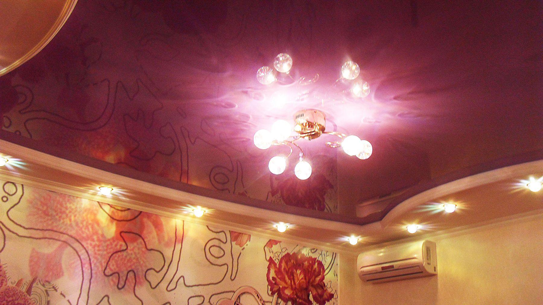 Качественные ремонтные работы - Точечная подсветка и роспись стен.