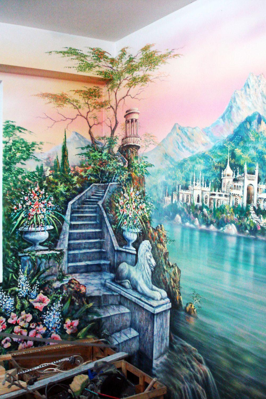 Декоративная роспись стены